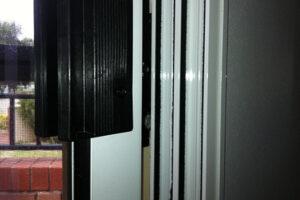 09-soundproofing-doors