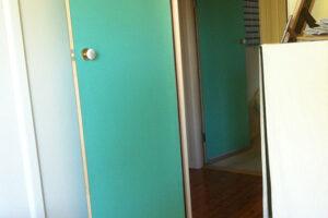 19-soundproofing-doors